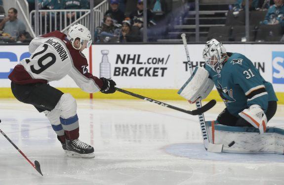 Nathan MacKinnon, Martin Jones