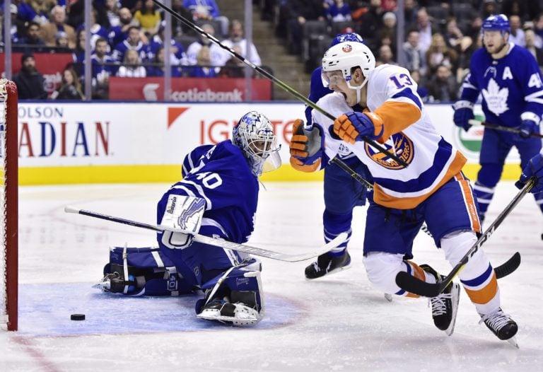 New York Islanders Mathew Barzal Toronto Maple Leafs Garret Sparks