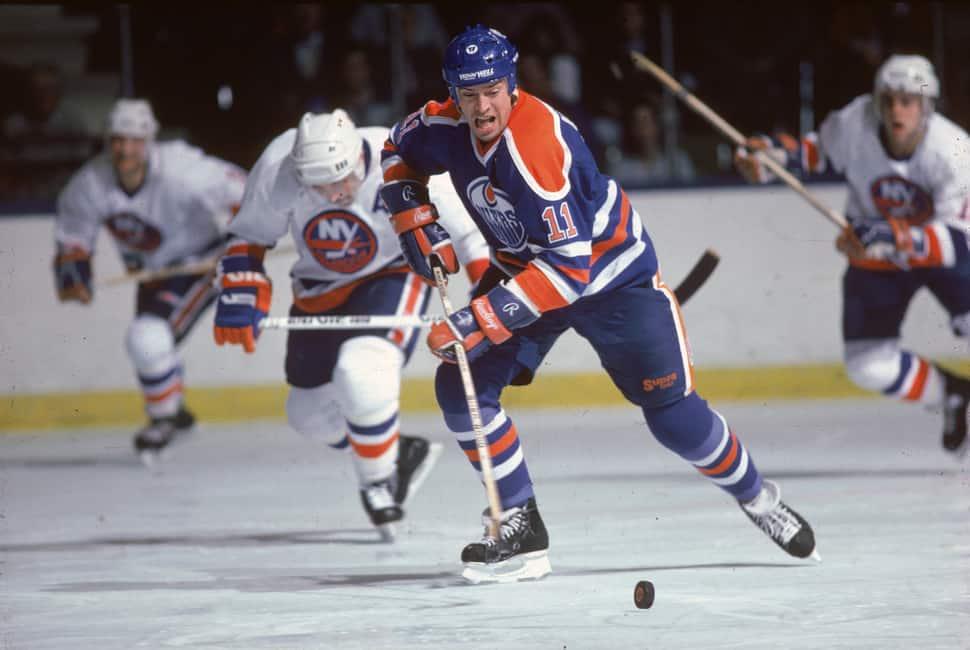 Mark Messier of the Edmonton Oilers