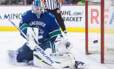 THW's Goalie News: Fleury's Milestone, Markstrom's Huge Night & More