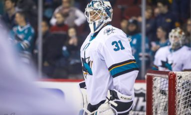 Sharks' Goaltending and How to Fix It