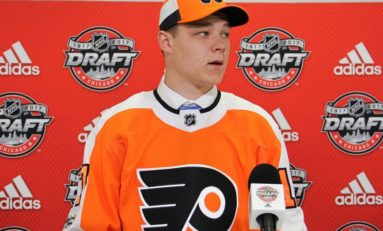Flyers Sign Youngest Strome