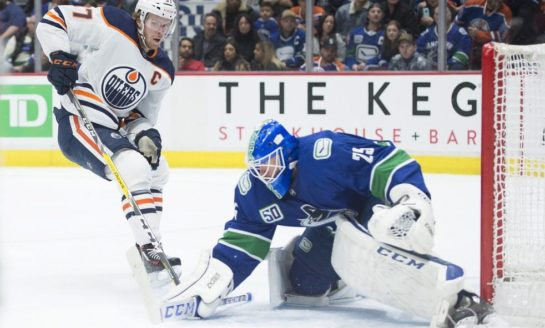 Canucks' Markstrom Making a Case for Vezina and Hart Consideration