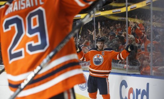 McDavid, Draisaitl Combine for 11 Points in Oilers' Win over Avalanche