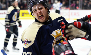 Spitfires Edge Sea Dogs in Memorial Cup Opener