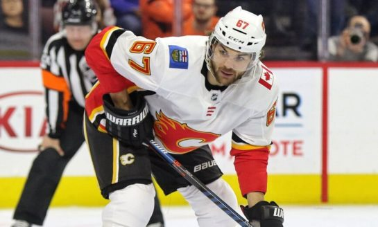 Michael Frolik Gets Goal in 800th NHL Game, Flames Down Flyers 3-1