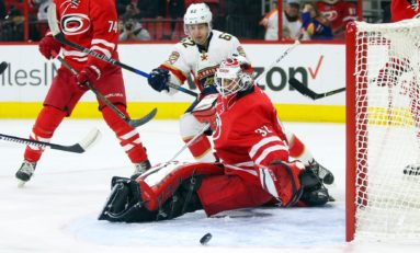 Hurricanes Gain Leighton, Lose Staal