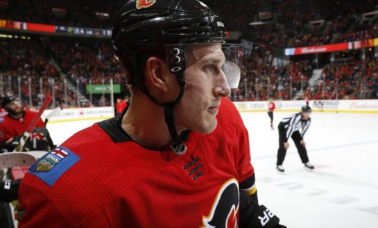 Michael Stone Returns to Flames, Signs 1-Year Contract