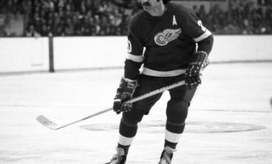 Red Wings | Revisiting Mickey Redmond's 1972-73 Season