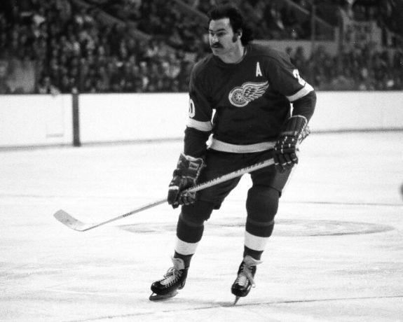 Mickey Redmond Detroit Red Wings
