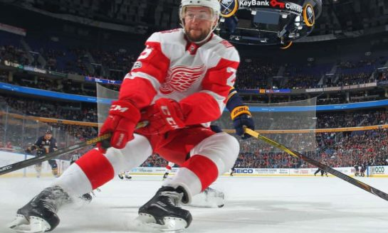 Mike Green Leads Red Wings to 6-1 Win Over Coyotes