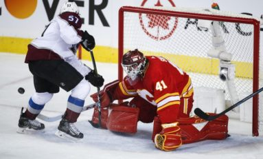 Flames Shouldn't Waste Smith's Strong Goaltending