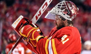 Mike Smith is the Only Thing Going Right for the Flames