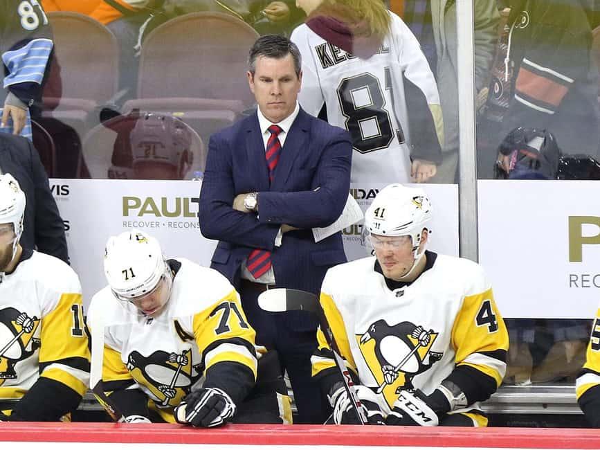 Mike Sullivan Penguins bench