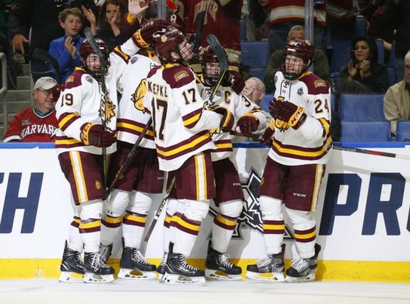 Minnesota-Duluth Bulldogs celebrate