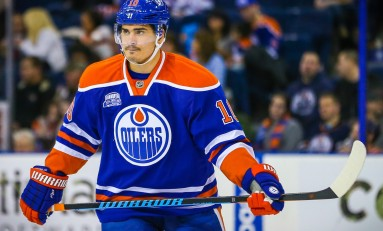 Blackhawks Interested in Oilers' Yakupov, Flames' Tkachuk Makes Roster & More News
