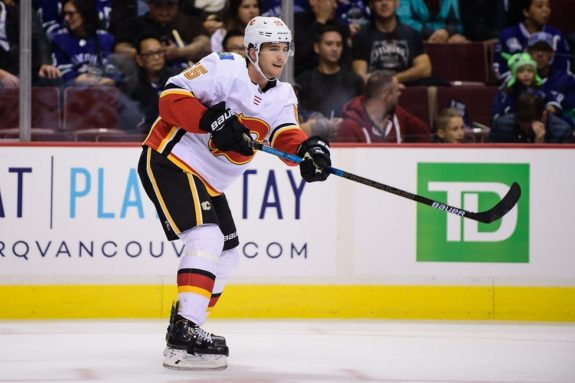 Flames defenseman Noah Hanifin