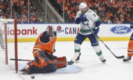 THW's Goalie News: Miscues, Streaks & a Celly