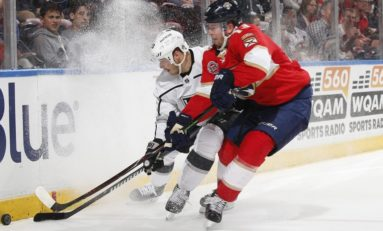Panthers Bring Down Kings With Big 2nd Period