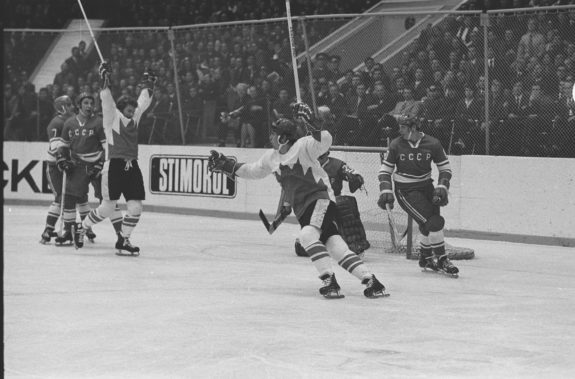 Paul Henderson Bobby Clarke 1972 Summit Series