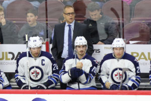 Paul Maurice, Blake Wheeler, Nic Petan and Patrik Laine - Winnipeg Jets vs Philadelphia Flyers - November 17, 2016 (Amy Irvin / The Hockey Writers)
