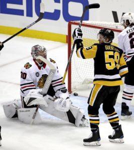 Pittsburgh Penguins' Jake Guentzel Chicago Blackhawks Cam Ward