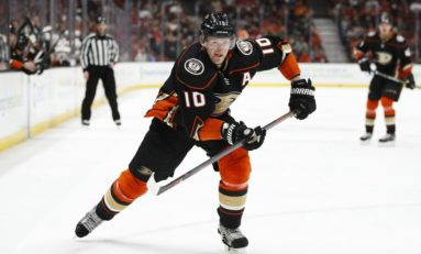 Corey Perry's Broken Foot Could Delay Debut with Stars