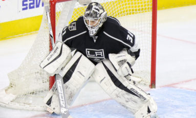 Lightning Re-Sign Peter Budaj