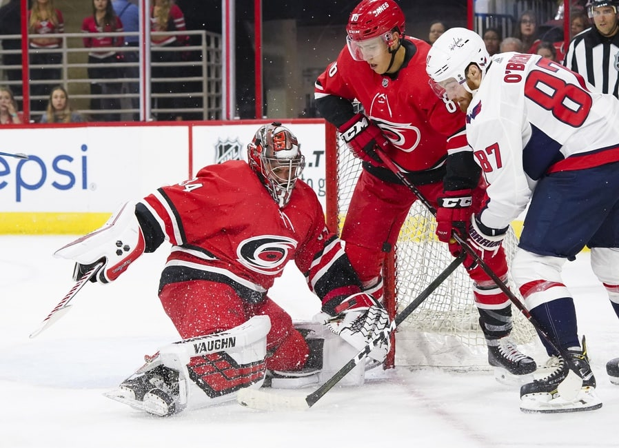 separation shoes d3bf8 f7af7 Petr Mrázek Debuts on Carolina Hurricanes Home Ice
