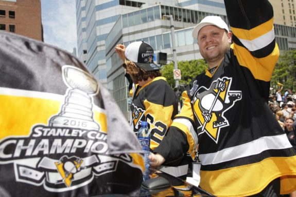 Pittsburgh Penguins, Phil Kessel, Carl Hagelin