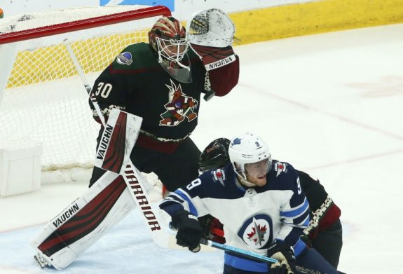 Arizona Coyotes Calvin Pickard