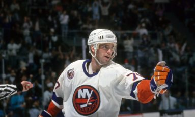 Islanders' Pierre Turgeon Belongs in the Hall of Fame