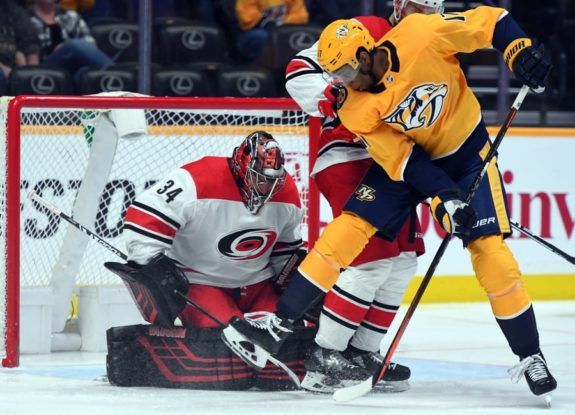 Predators Hurricanes Simmonds Mrazek