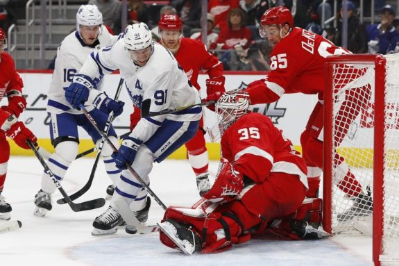Detroit Red Wings Jimmy Howard Toronto Maple Leafs John Tavares