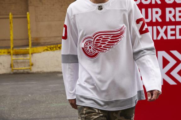 Detroit Red Wings Reverse Retro jersey