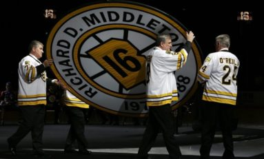 Boston Bruins Retire Rick Middleton's No. 16