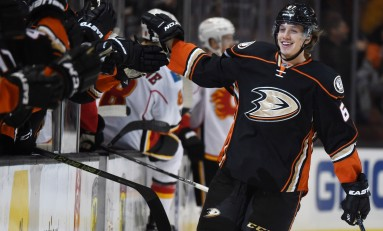 Rakell Re-Signs With Ducks, Kane Out Weeks, Keon Tops Leafs' List & More News
