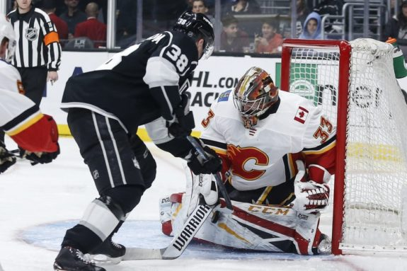 Calgary Flames David Rittich Los Angeles Kings Carl Grundstrom