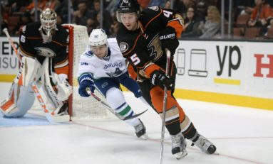 Preview: Embattled Ducks Seek Redemption Against Stars