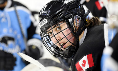 A Farmers' Hockey Player - Beauts Sarah Casorso