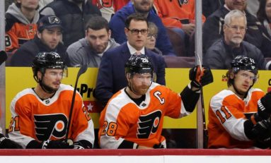 Flyers' Next Head Coach Must Handle the Goalies Properly