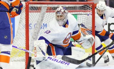 THW's Goalie News: Big Saves, a First Win & a Victory Lap