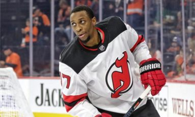 Sabres Acquire Simmonds from Devils