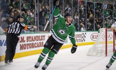 Ritchie Beats Former Team as Bruins Top Stars 2-1