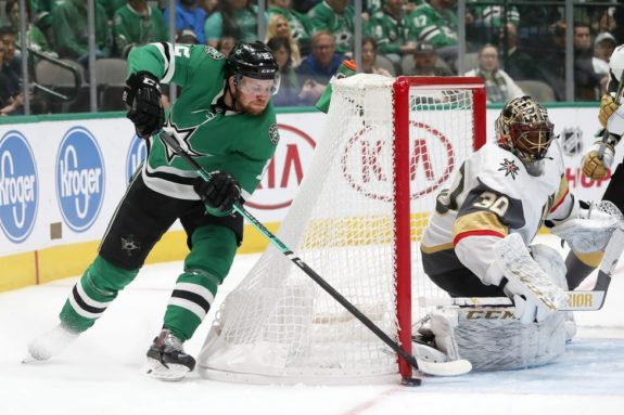 Stars Re-Sign 3 Key Pieces for the Future