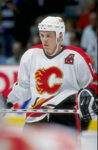 Theoren Fleury #14 of the Calgary Flames