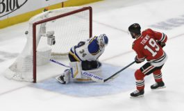 Blackhawks Beat Blues on Toews' Shootout Winner