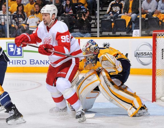 Tomas Holmstrom Detroit Red Wings Nashville Predators Pekka Rinne