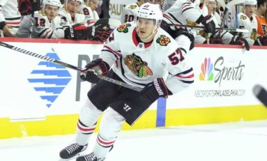 Bruins Acquire Wingels From Blackhawks