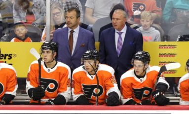 Flyers' Vigneault Makes Lineup Changes to Send Message